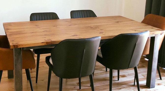 Gagnez une superbe table de l'Atelier Bleu de Plume d'une valeur de 650 $